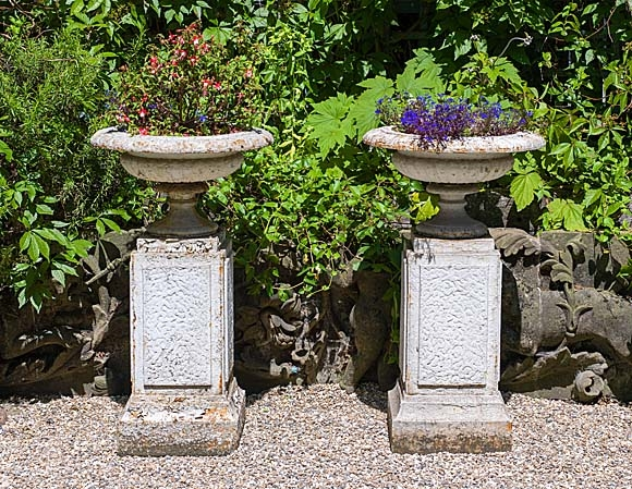 How to Use Architectural Antiques in Your Garden